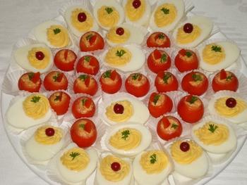 Tomaatjes gevuld met hammouse